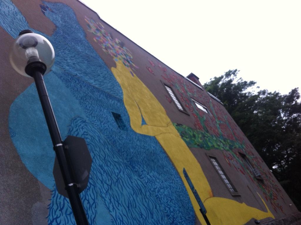 an alley mural