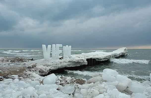 ephemeral ICE TYPOGRAPHY NICOLE DEXTRAS 5